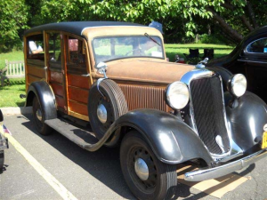 1935-Dodge-Station-Wagon